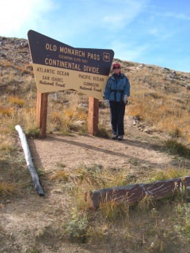Old Monarch Pass - hike the loop